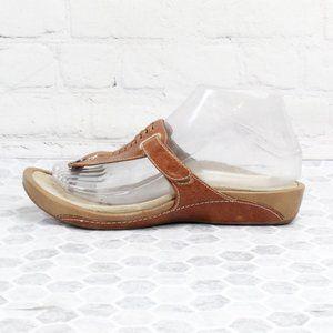 Sandalista's by Aetrex T-Strap Flip Flops Leather